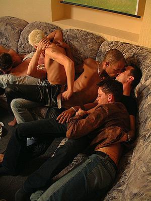 darkroom sex schwule männerpornos